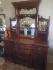 Second Grenada Large Antique, Collectibles and Furniture Auction
