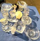 Mixed lot of crystal and cut glass decorative dishes/vases