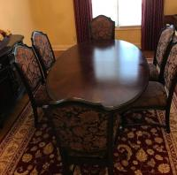 Gorgeous double pedestal dining table.