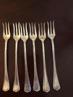 Sterling hors d'oeuvres forks. (Six) 92.4 grams