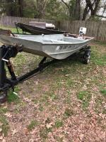 16ft Lowe aluminum boat and motor with trailer Motor Condition UnKnown