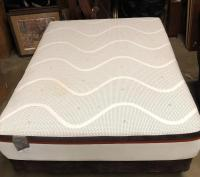 Nice set of Comfort Pedic Loft mattress with box springs and metal frame
