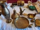 A miscellaneous grouping of brass items