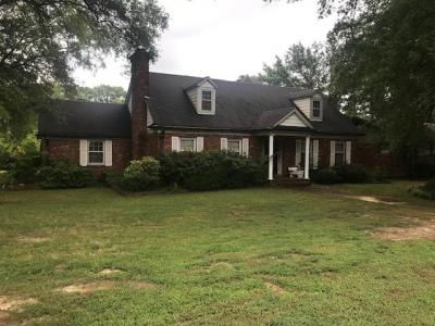 Home at 5390 Walnut Grove Rd Memphis, TN 38120-4 BR, 3.5 Bath