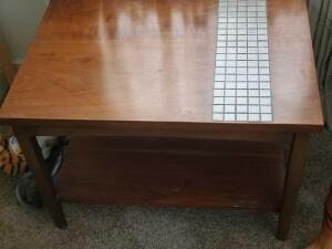 "A nice end table with an inlaid tile design, 19"" tall, top is 20 x 28"""