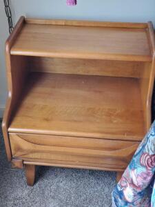 "A very nice night stand, 26"" tall, 21"" across, 16"" front to back"
