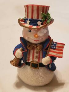"Grouping of 6 galleria lucchese ""snowmen from around the world"""