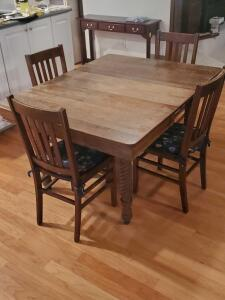 Antique barley twist styled table and 4 chairs