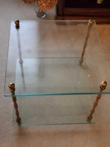 "A very sturdy coffee table with thick glass (about 3/4"")"