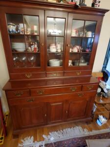 A vintage willett China cabinet/hutch *note contents not included
