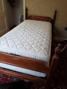 A vintage twin size bed