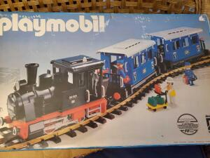 New in box, Playmobil auszeichung train set