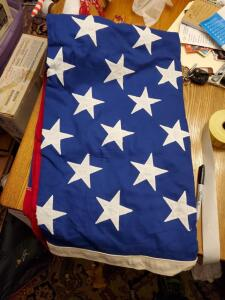 4 vintage American flags, 2 are valley forge!