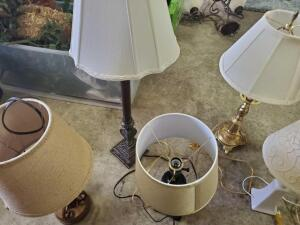A grouping of 6 lamps