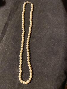 18 inch pearl necklace with 14 karat gold clasp
