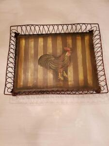 Decorative wire tray with a rooster on it. 18 x 14.