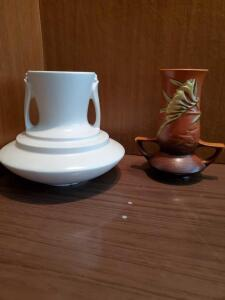 Two Roseville pottery pieces.