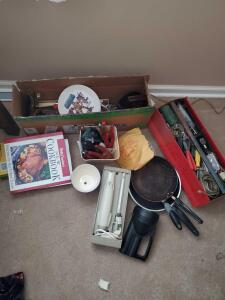 Grouping of items, mainly tools, with an electric carving knife, a Sears electric drill, 3 pans, a couple cookbooks
