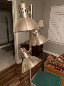 "Floor lamp with 3 lights 65"" tall"