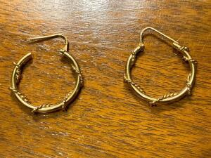 14 k gold earrings