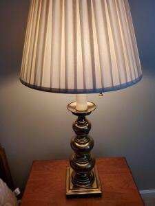 Stiffel double bulb table lamp