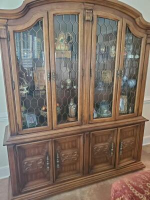 Drexel Heritage lighted china cabinet with 4 doors on hutch and 4 on cabinet.