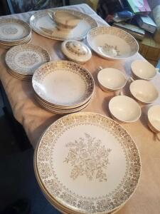 A grouping of vintage china