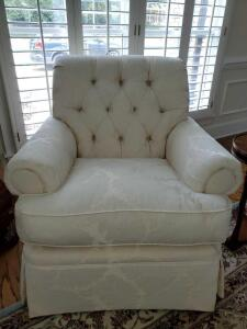 "Henredon white chair. 36x36x38"" tall. Seat height is 21""."