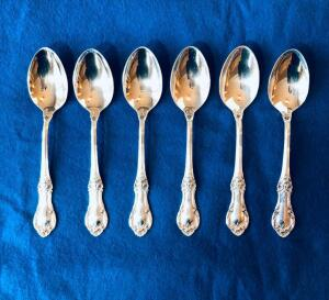 Six International Sterling Silver Wild Rose Regular tea spoons