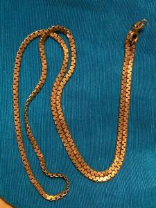 14 karat gold 18 inch chain 8.3 g total weight