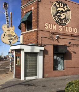 "Doug Weatherford's Walking Tours, 2 1/2 hour ""Rock 'n Roll Roots"" Downtown Memphis Tour"
