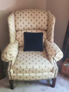 "A vanguard furniture wing back chair, seat is 18"", back is 39"" tall, it's 32"" across, 30"" front to back"