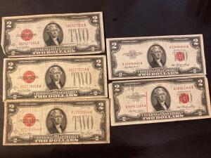 Three 2 dollar bills 1928G series and two 2 dollar bills 1953