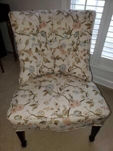 "Tufted back armless chair with floral print. 26x28x34"" tall. Seat height 16"""