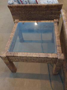 Square wicker rattan and glass end table