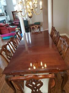 Fabulous!! Stanley furniture dining table with drawers in each end and 8 chairs