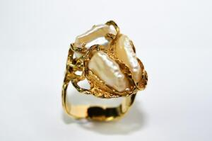 Lady's Baroque Pearl Ring