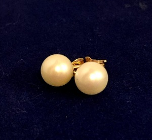 White Pearl Stud Earrings