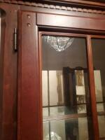 Fantastic Bassett lighted china cabinet, contents are not included - 5