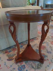 16-in round side table