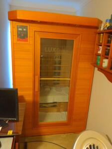 Lux infrared 2-person sauna in home sauna with radio
