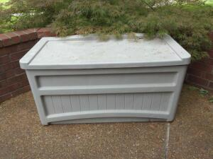 Pair of suncast outdoor storage boxes (contents not included)