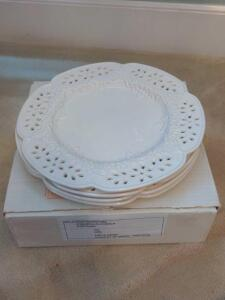 Beautiful ceramic plate chargers with floral design and floral lattice cut edges