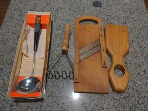 Collection of vintage kitchen accessories