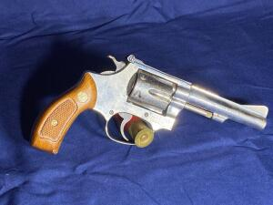 Model 34-1 Smith & Wesson 6 Shot .22 LR Revolver with original box