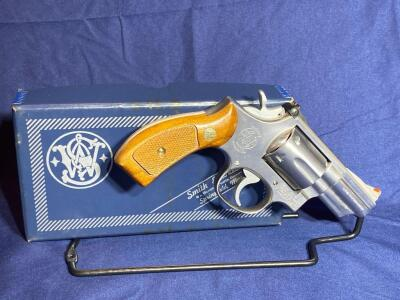 Smith and Wesson Model 66 .357 Magnum Revolver with original box