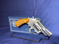 Smith and Wesson Model 66 .357 Magnum Revolver with original box - 2