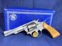 Model 63 Smith & Wesson 6 Shot .22 LR Revolver with original box