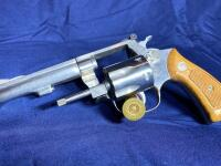 Model 63 Smith & Wesson 6 Shot .22 LR Revolver with original box - 8