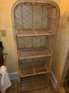 Wicker 4 shelf great condition